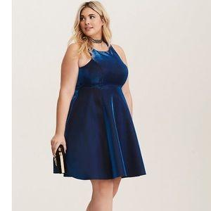 🎆 New Years Eve 🎆 Torrid blue iridescent dress